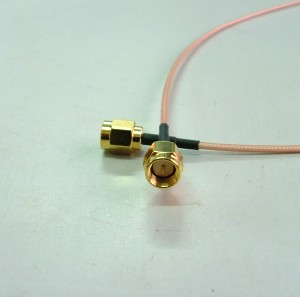 SMA st. plug for RG178(gold)